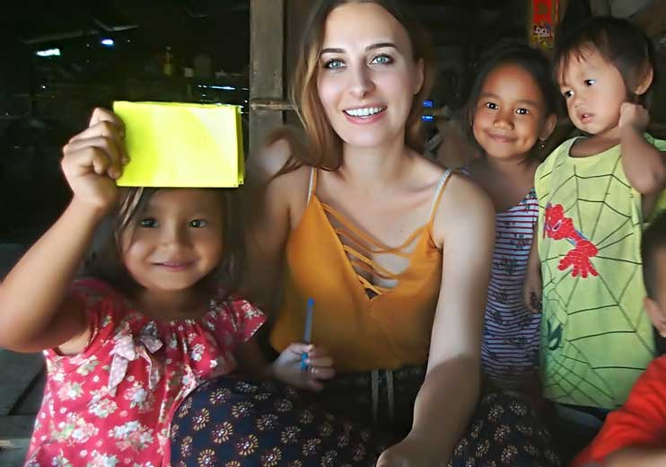 With smiling Cambodian kids