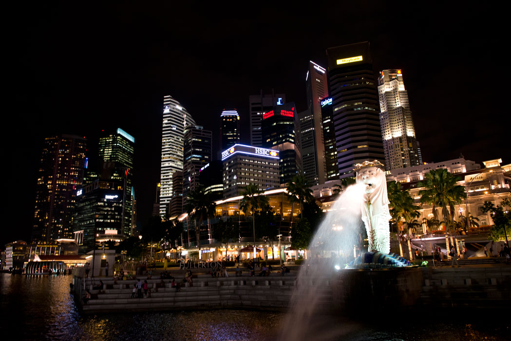 Lion fountain in the city of Singapore